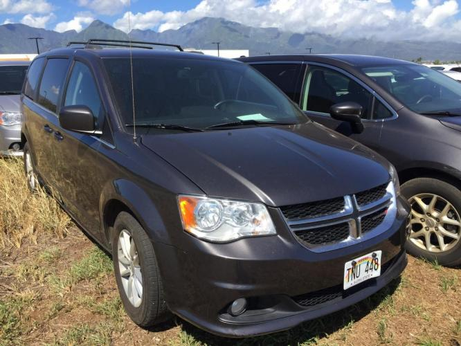 2018 GRAY Dodge Grand Caravan SXT (2C4RDGCG7JR) with an V6 Cylinder Engine engine, Automatic transmission, located at 368 Huku Lii Pl, Kihei, HI, 96753, (808) 875-8782, 20.773748, -156.452103 - Photo #0