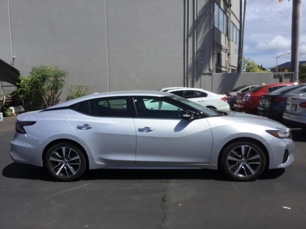 2020 SILVER Nissan Maxima SV (1N4AA6CV1LC) with an V6 Cylinder Engine engine, Automatic transmission, located at 368 Huku Lii Pl, Kihei, HI, 96753, (808) 875-8782, 20.773748, -156.452103 - Photo #0